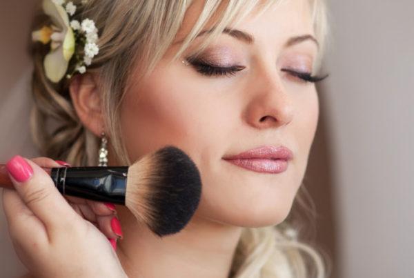 how to get an a in online makeup school