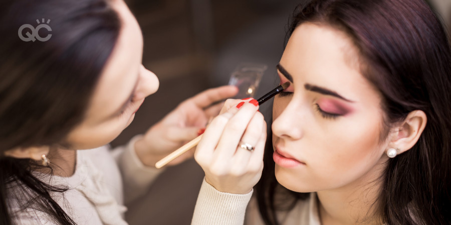 freelance makeup artist applying makeup