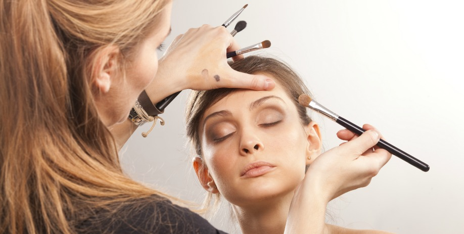 Career options for makeup artists