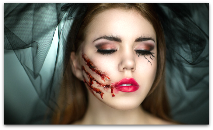 Learn SFX makeup applications with professional makeup artists