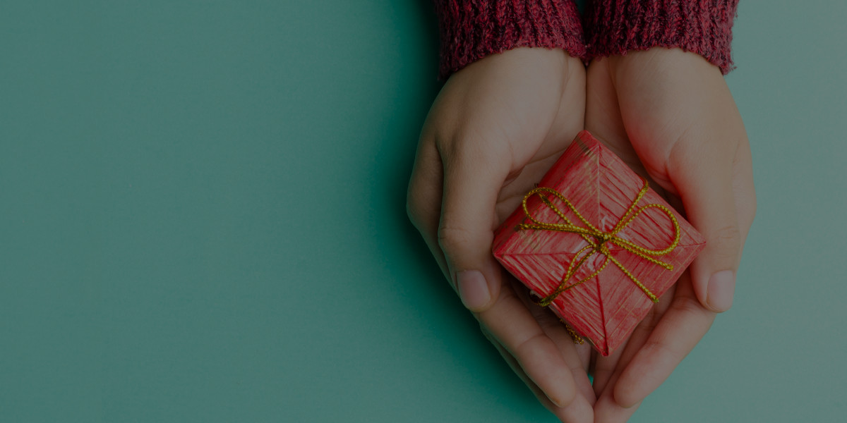 Should you Send your Clients Christmas Presents?