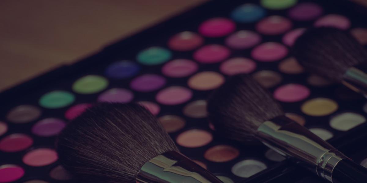 How to get a Job as a MAC Makeup Artist