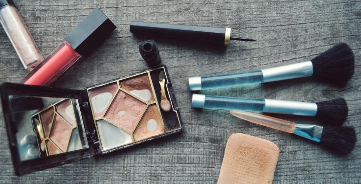 Old Makeup bad for makeup hygiene
