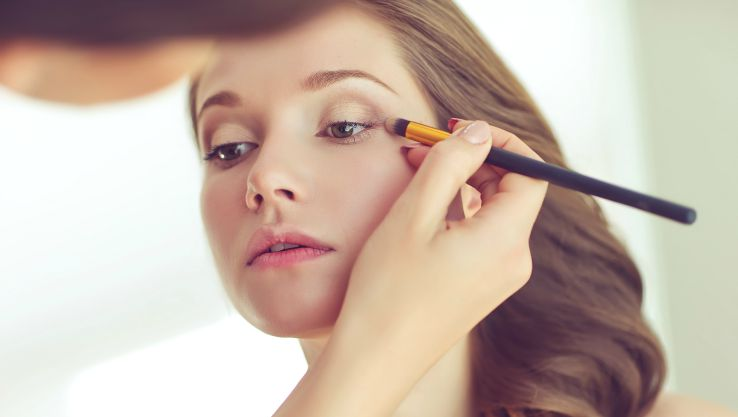 Am I Too Old or Too Young to Become a Makeup Artist? - QC ...