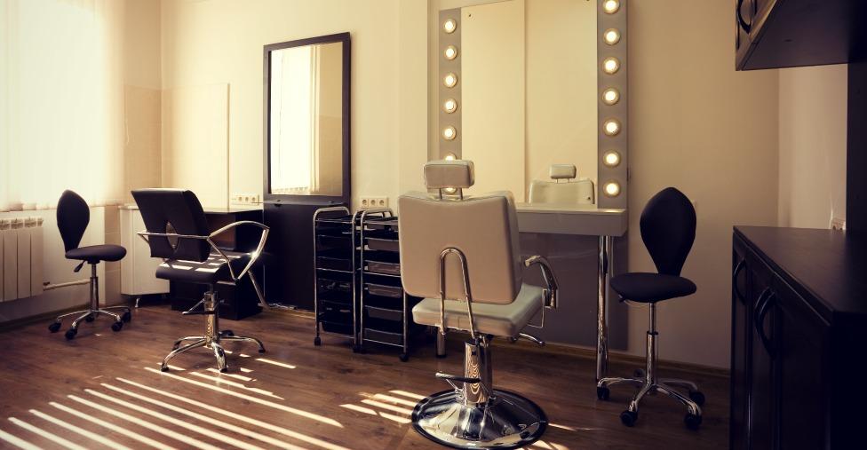 How To Source Makeup Studio Supplies, Makeup Studio Furniture