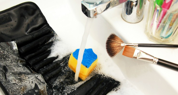 Makeup Blog Makeup Hygiene No-nos- Career As a Makeup Artist Washing Makeup Artist Tools