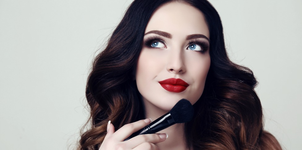 Makeup Career Blog- Learn how to Plan Makeup Artistry Services Feature Image