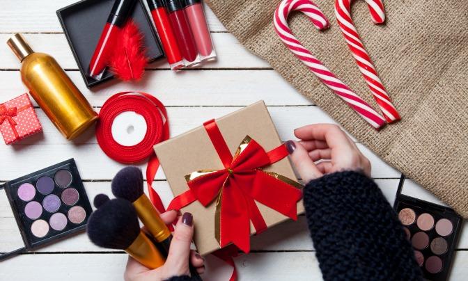Christmas Gift Ideas for Makeup Artists - QC Makeup Academy