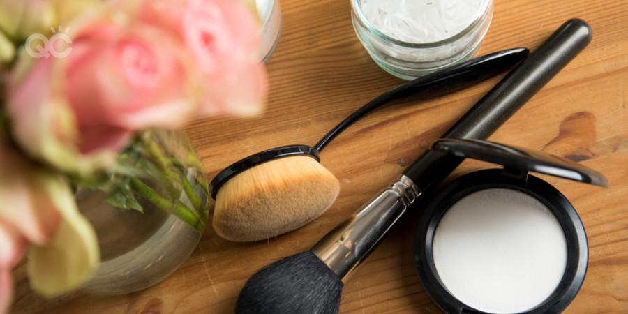 makeup kit setting powder