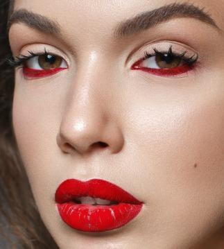 Red eye liner