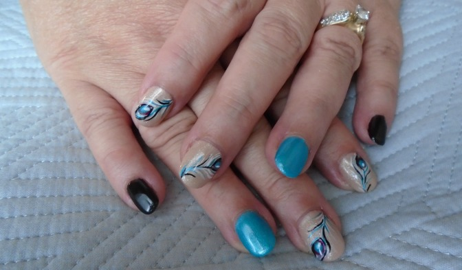 Isabelle Gagne peacock nail art