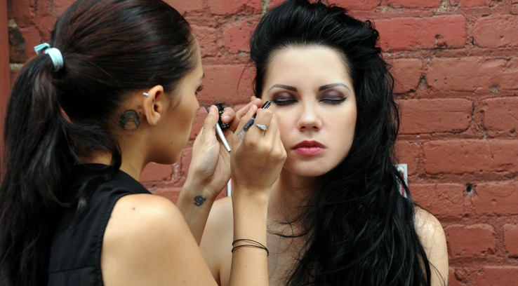 Start New York Makeup Career Celebrity