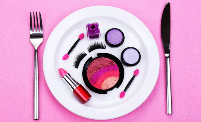 Cosmetics on a dinner plate