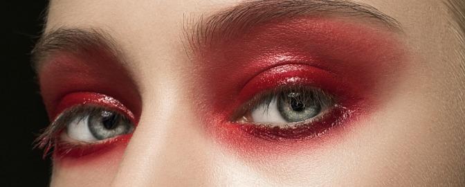 Glossy red eye shadow