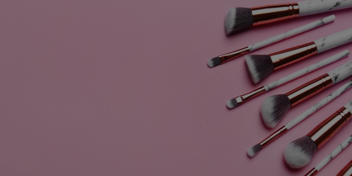 Stress-Free Secrets to Travelling with Your Makeup Kit