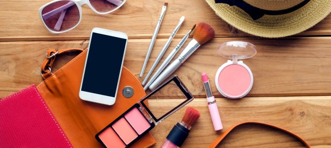 Add these beauty apps to your makeup kit!