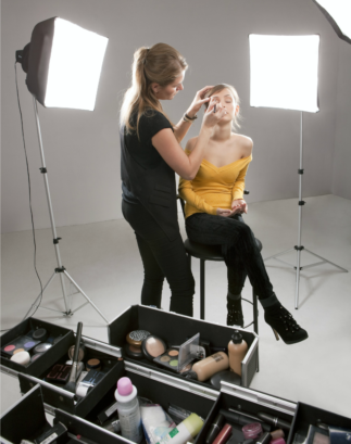 """Even more frustrating is a """"standard"""" makeup artist salary can vary widely depending on where you're located. And these aren't small salary ..."""