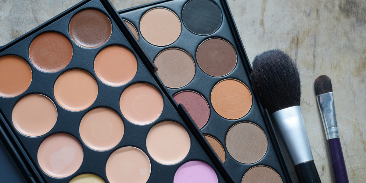 QC's Guide to Building Your Makeup Artistry & Master Makeup Artistry Kit—Part 2