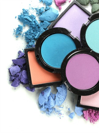 MAke your own custom makeup palette for makeup artistry courses