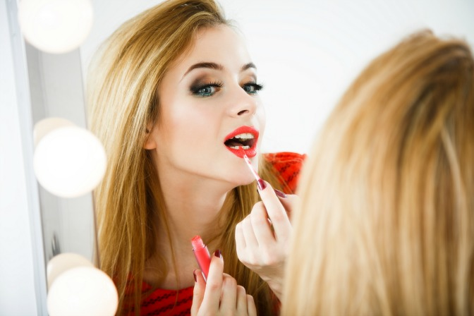 Lip venom lip plumper duwop cosmetics