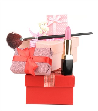 Holiday beauty and makeup gift guide for Christmas 2016