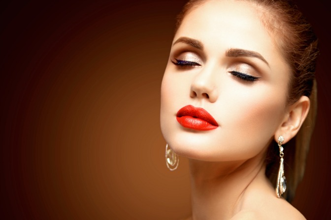 How to start a career with online makeup courses with QC makeup academy