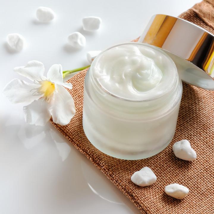 Best face masks for your skin from celebrity makeup artists