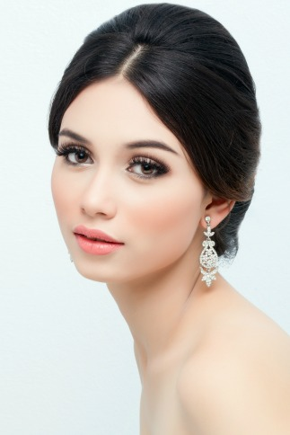Should you use airbrush makeup for bridal makeup applications?