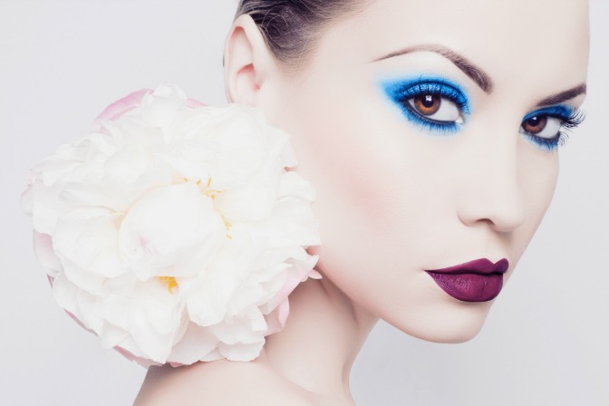Build your makeup artistry portfolio with a professional makeup artist certification course