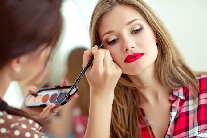 How to build your makeup artistry kit with QC makeup discounts