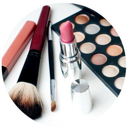 Enroll in an online makeup artist school