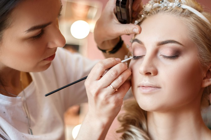Professional makeup artist in Atlanta, Georgia