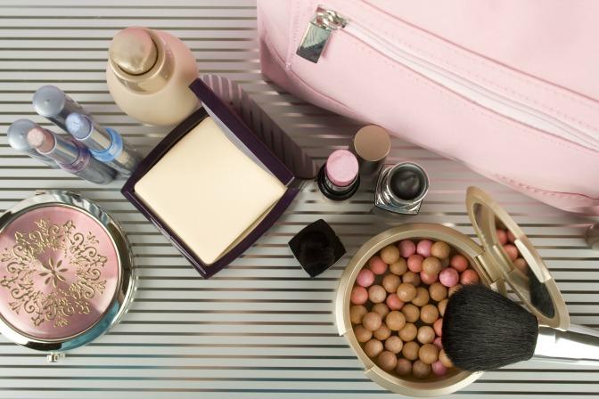 High-end makeup discount bag
