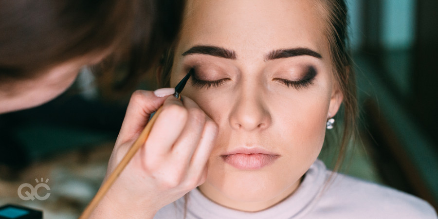 makeup certification teaches how to do glam and bridal makeup artistry