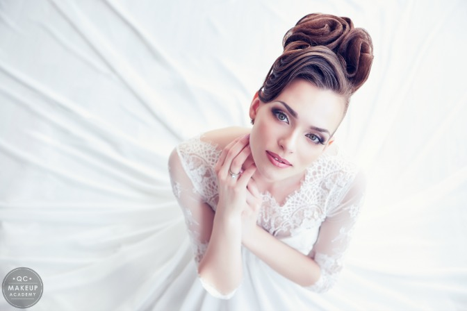 How to become a bridal hair stylist