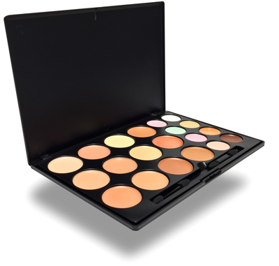 Free makeup kit from QC's online makeup artistry and master makeup artistry course