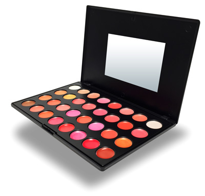 QC Makeup Academy courses with free makeup kit