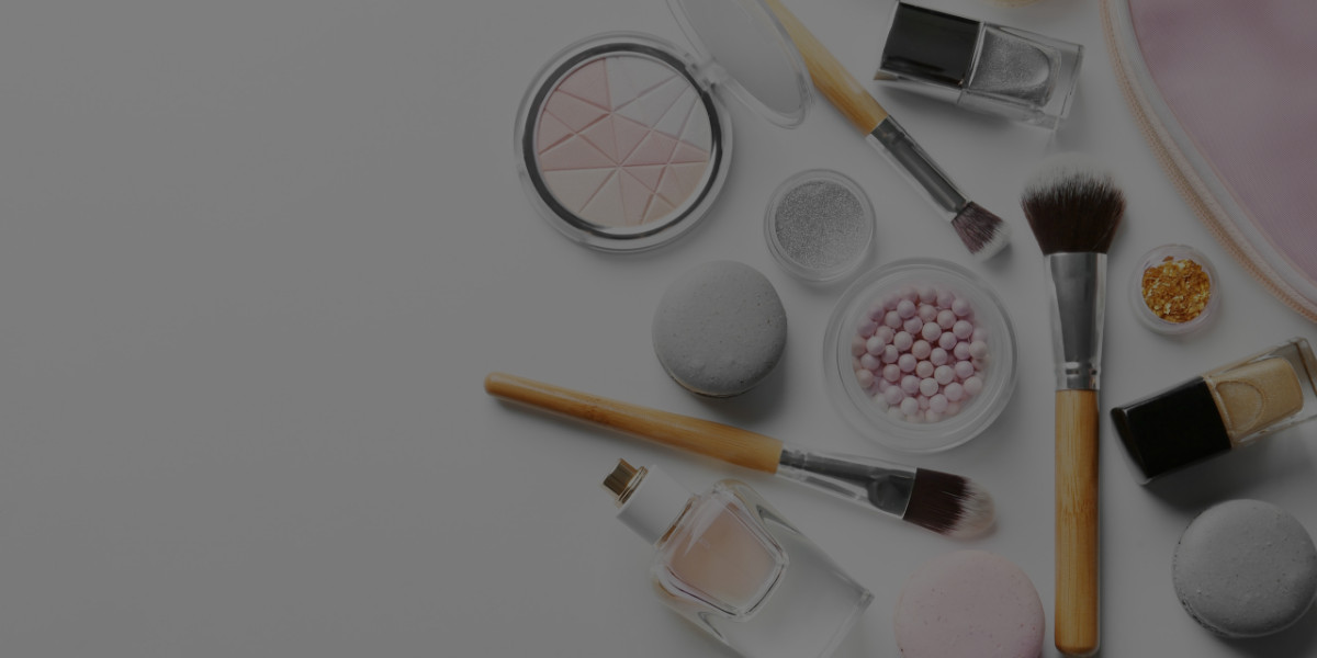 7 Inexpensive Makeup Brands for Your Makeup Artistry Kit