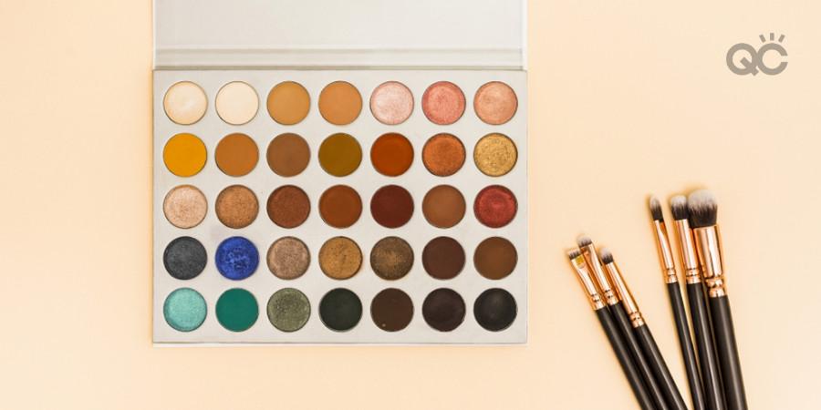 cheap makeup artistry kit eyeshadow palette and makeup brush set