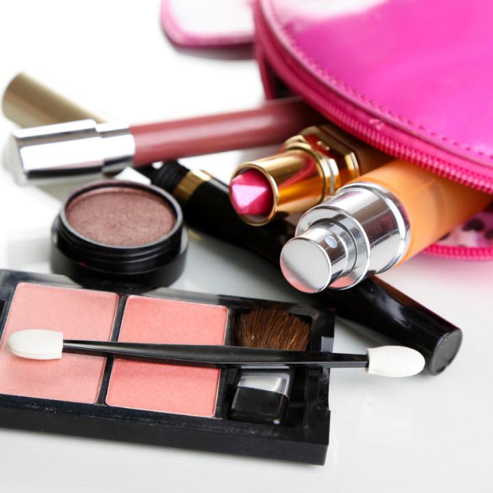 QC Makeup Academy Makeup kit