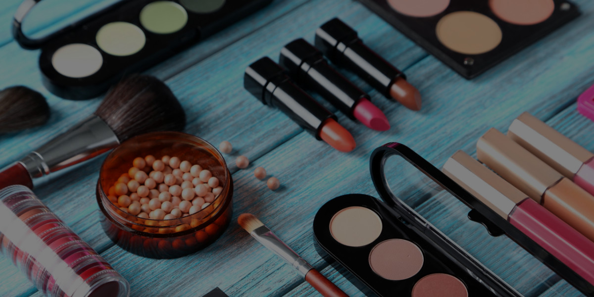 How to Get Makeup Discounts