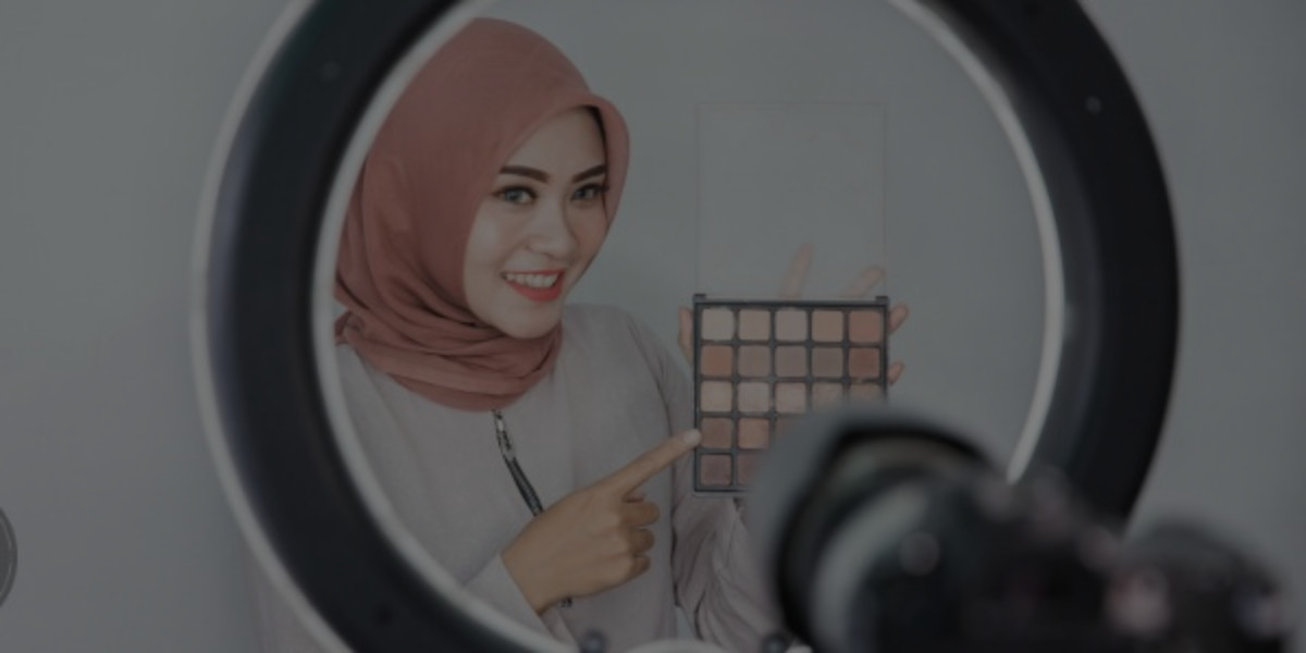 Building a Halal Professional Makeup Kit
