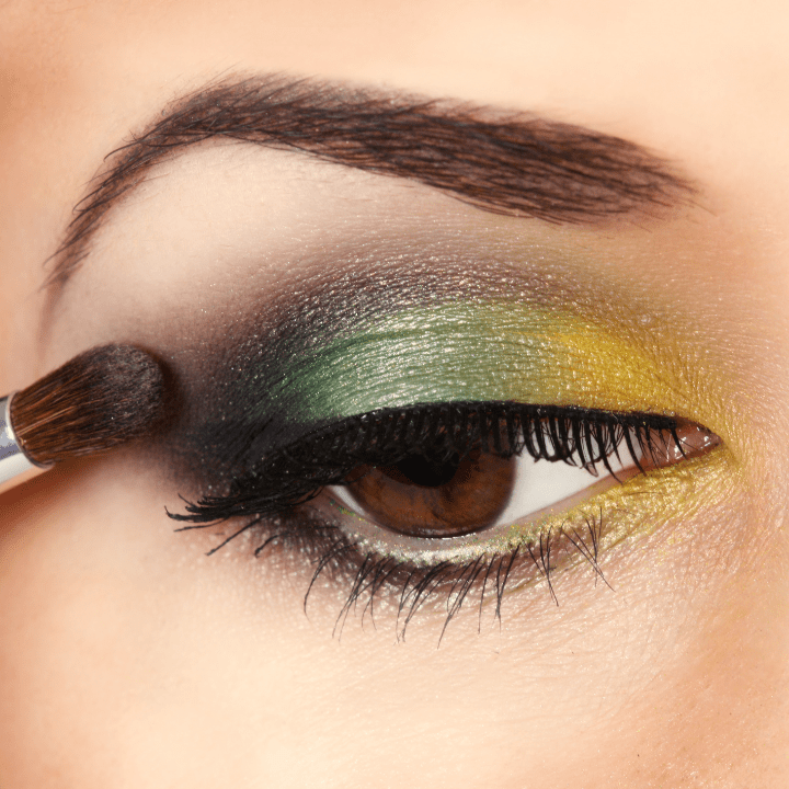 green smoky eye makeup tutorial