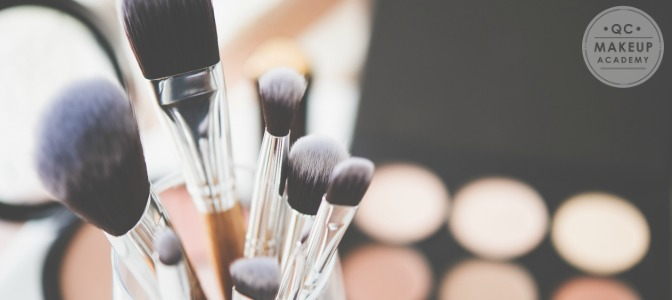 Which brush would you use for applying base shadow on the lid, and up to the brow bone?