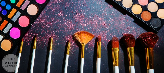 When searching for a brush that will heavily apply product to the face, you would choose one with: