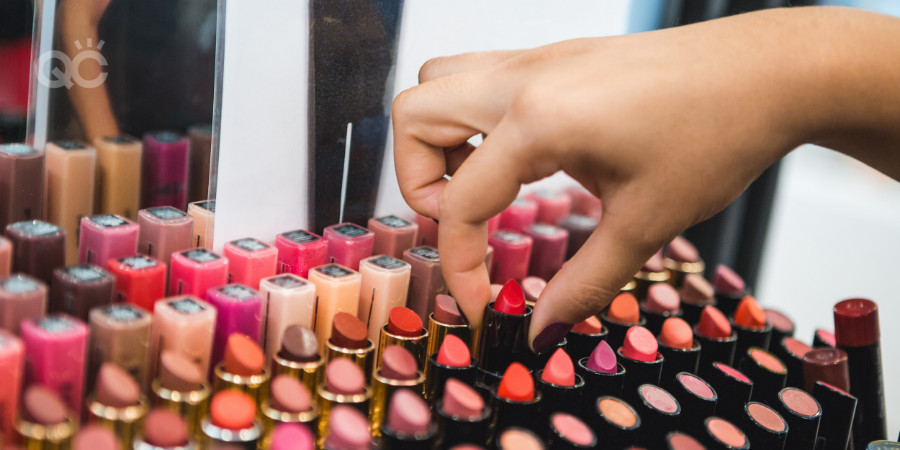 discounts with online makeup school