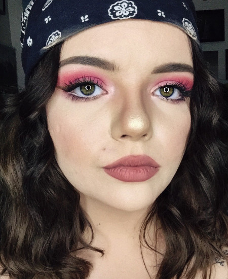 Student Feature: Olivia Hackford - QC Makeup Academy