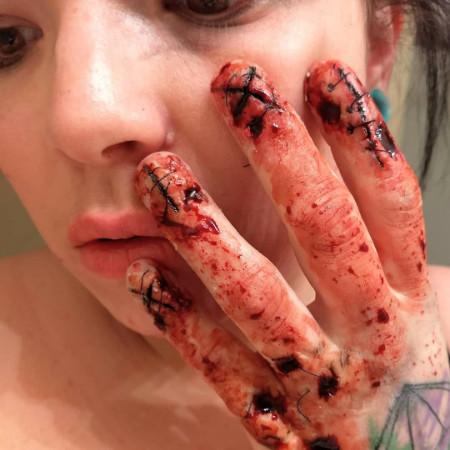 cropped Danielle Hicks Special FX Makeup Critique