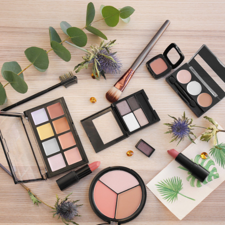 makeup products you need for your professional makeup artistry kit