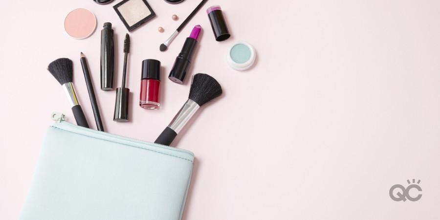 personal makeup bag with professional makeup kit